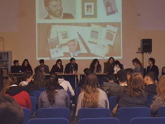 """II ragazzi dell'I.S.I.S. """"Gaetano Filangieri"""" continuano il loro viaggio nel mondo della letteratura contemporanea."""